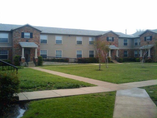 Dallas TX Apartment For Rent | Hillburn Hills Apartments