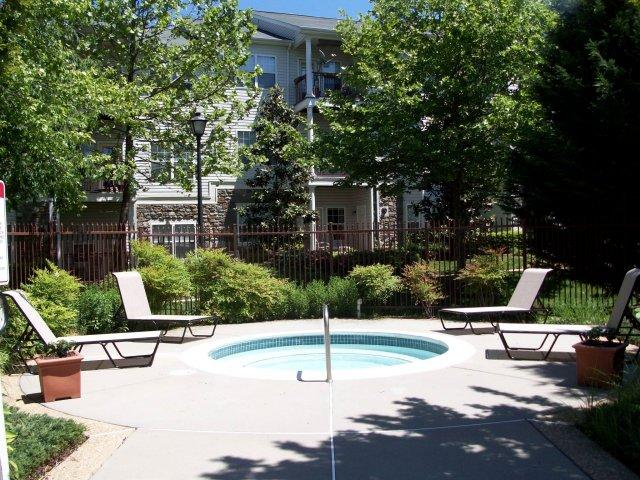 Resident Hot Tub | Apartments in Fairfax, VA | Lincoln at Fair Oaks Apartments