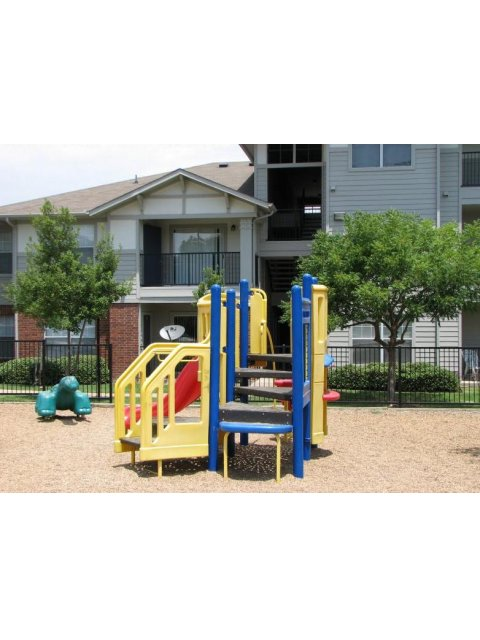 Community Children\'s Playground | Apartment Homes in Dallas, TX | Flats at Five Mile Creek