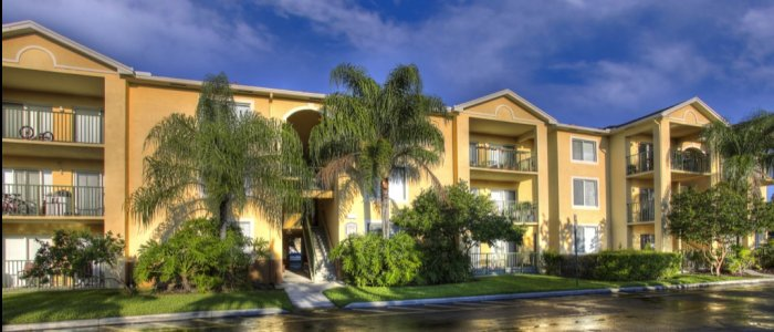 Apartments in Tamarac, FL | Coral Vista