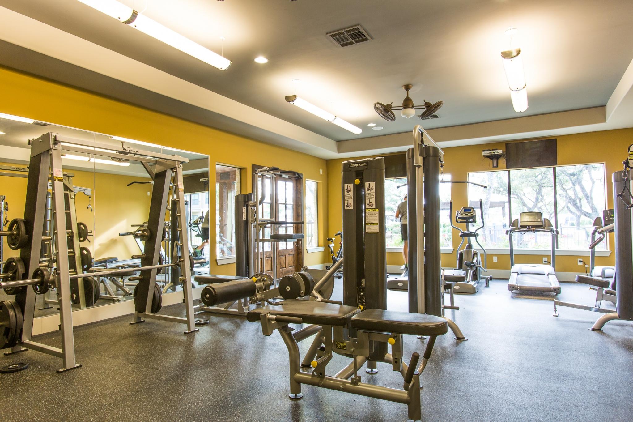 Image of 24 Hr Fitness Center for Platinum Shavano Oaks Apartments