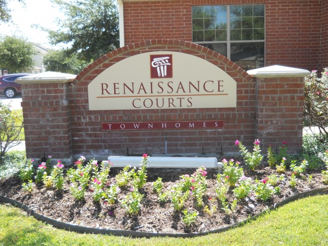 Renaissance Courts   1  2  and 3 Bedroom Townhomes for Rent in Denton Texas. Denton TX Apartment Rentals   Renaissance Courts Apartments