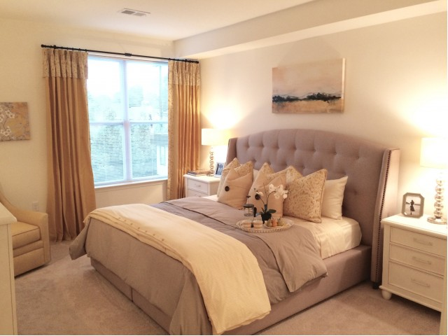 Image of Plush Carpeting in Bedrooms for Queens Gate