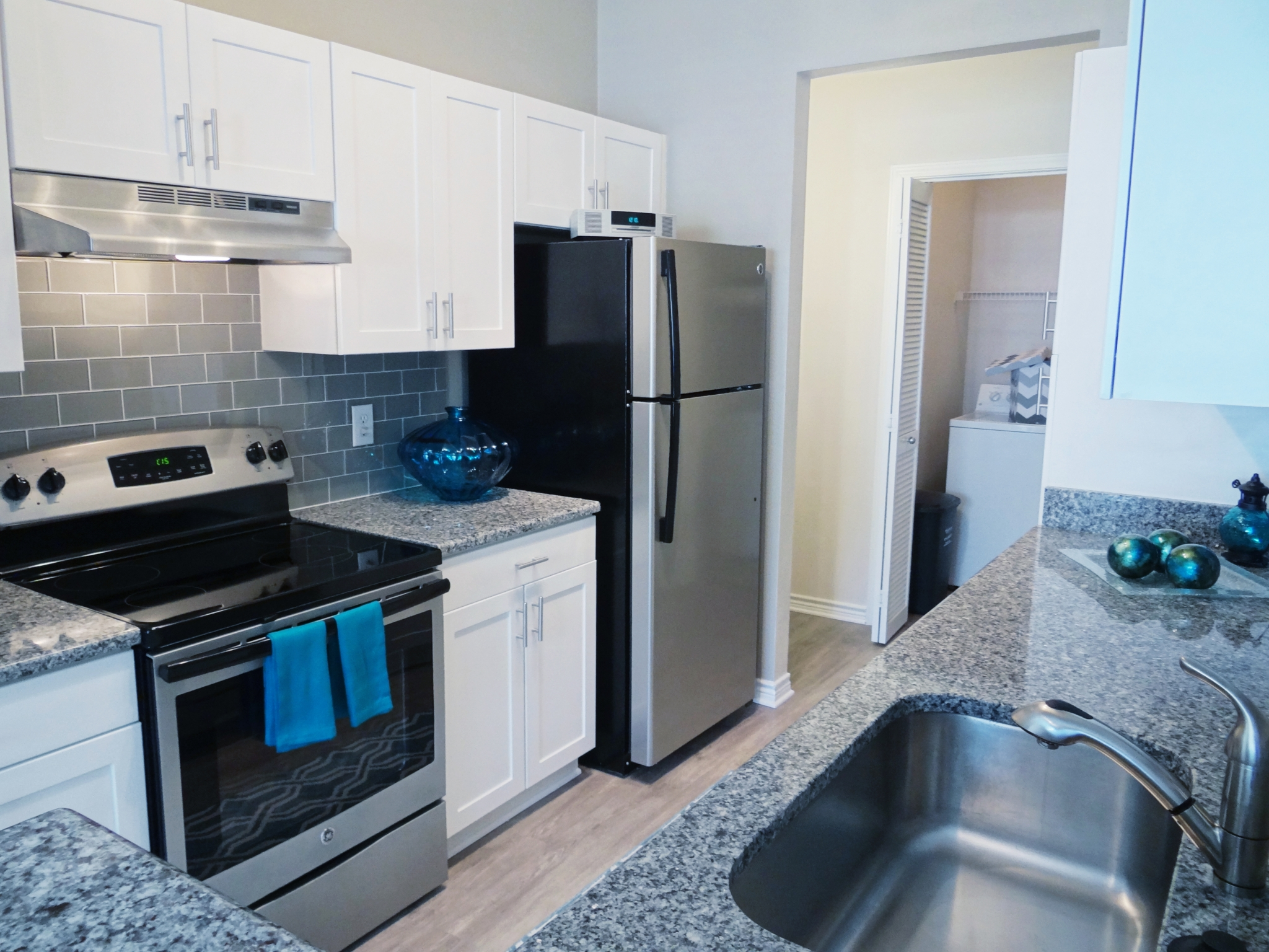 Apartments in Durham For Rent | Lodge at Southpoint