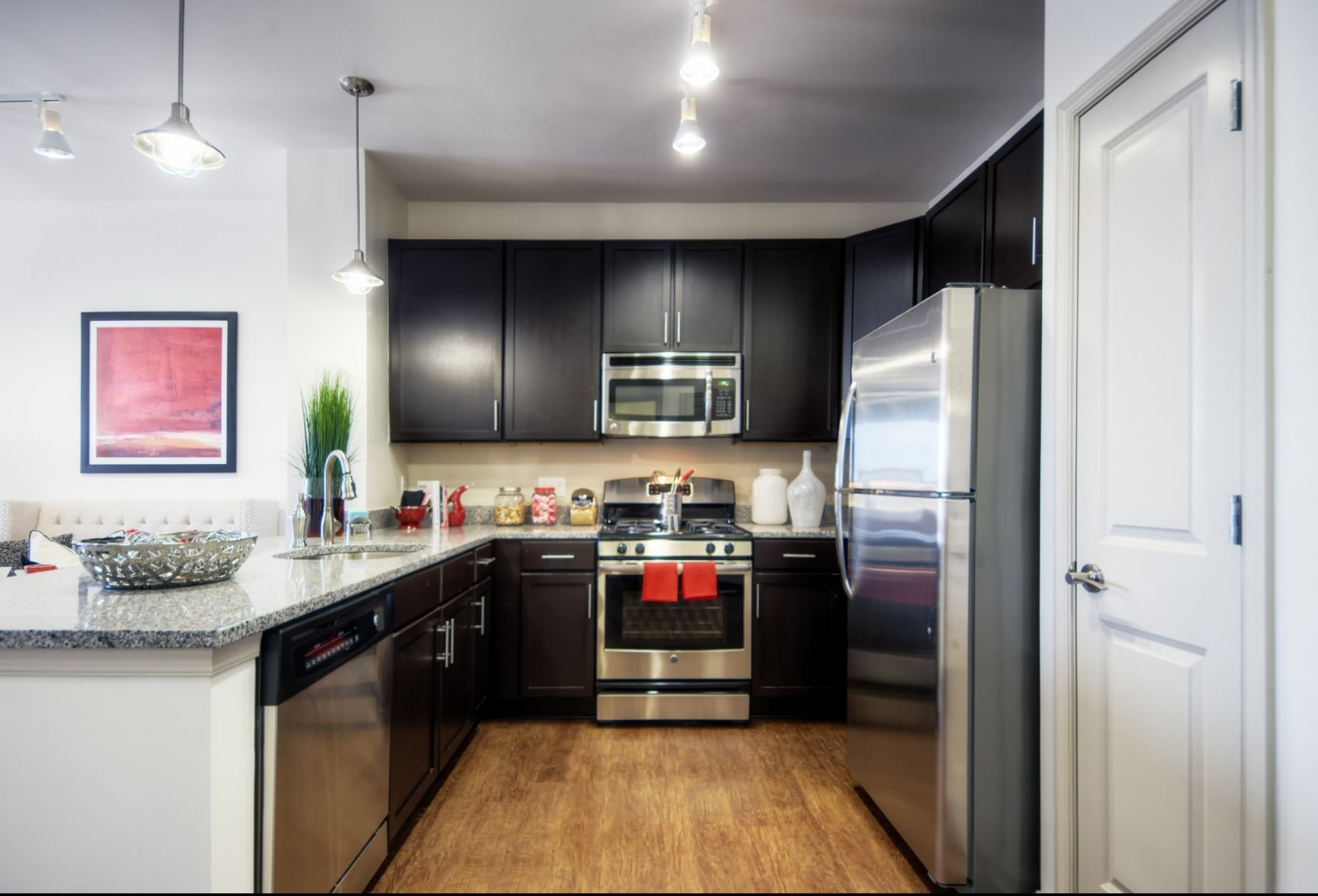 Modern Kitchen | Apartments Near Malvern PA |