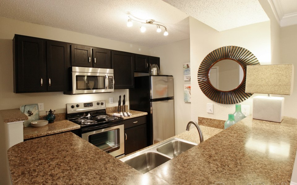 Leasing center at Viera Cool Springs apartments in Franklin Tennessee