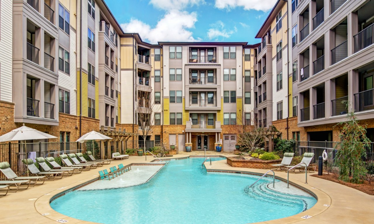 Swimming Pool | Apartment Homes in Atlanta, GA | ENSO