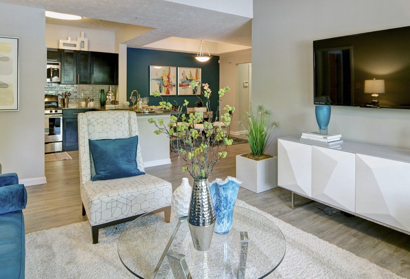 Spacious Living Room   Apartments in Atlanta, GA   Aspire Perimeter Apartments