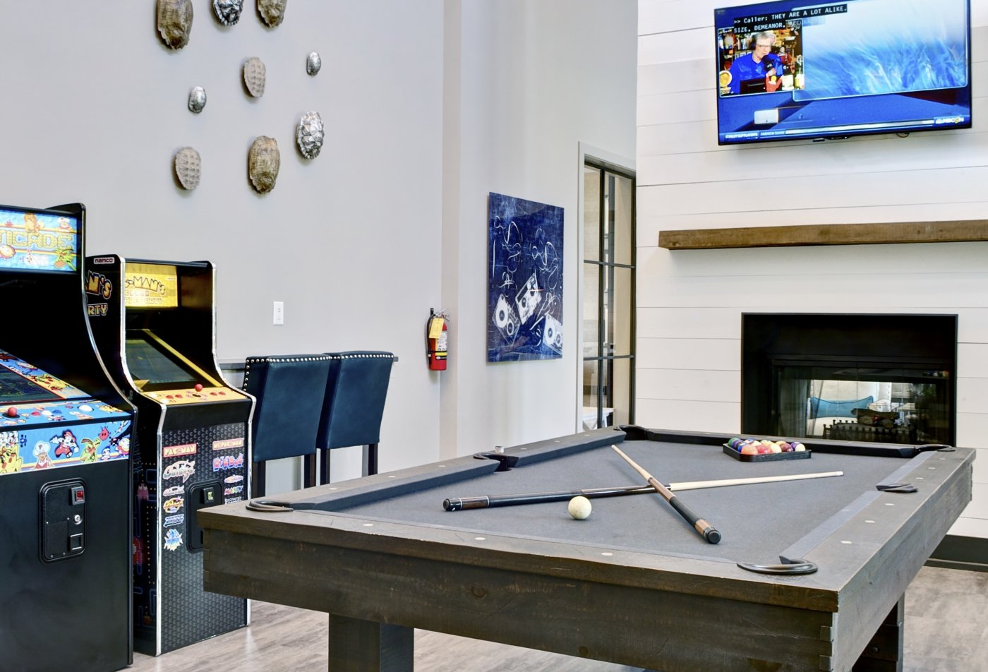 Resident Pool Table | Apartment in Atlanta, GA | Aspire Lenox Park