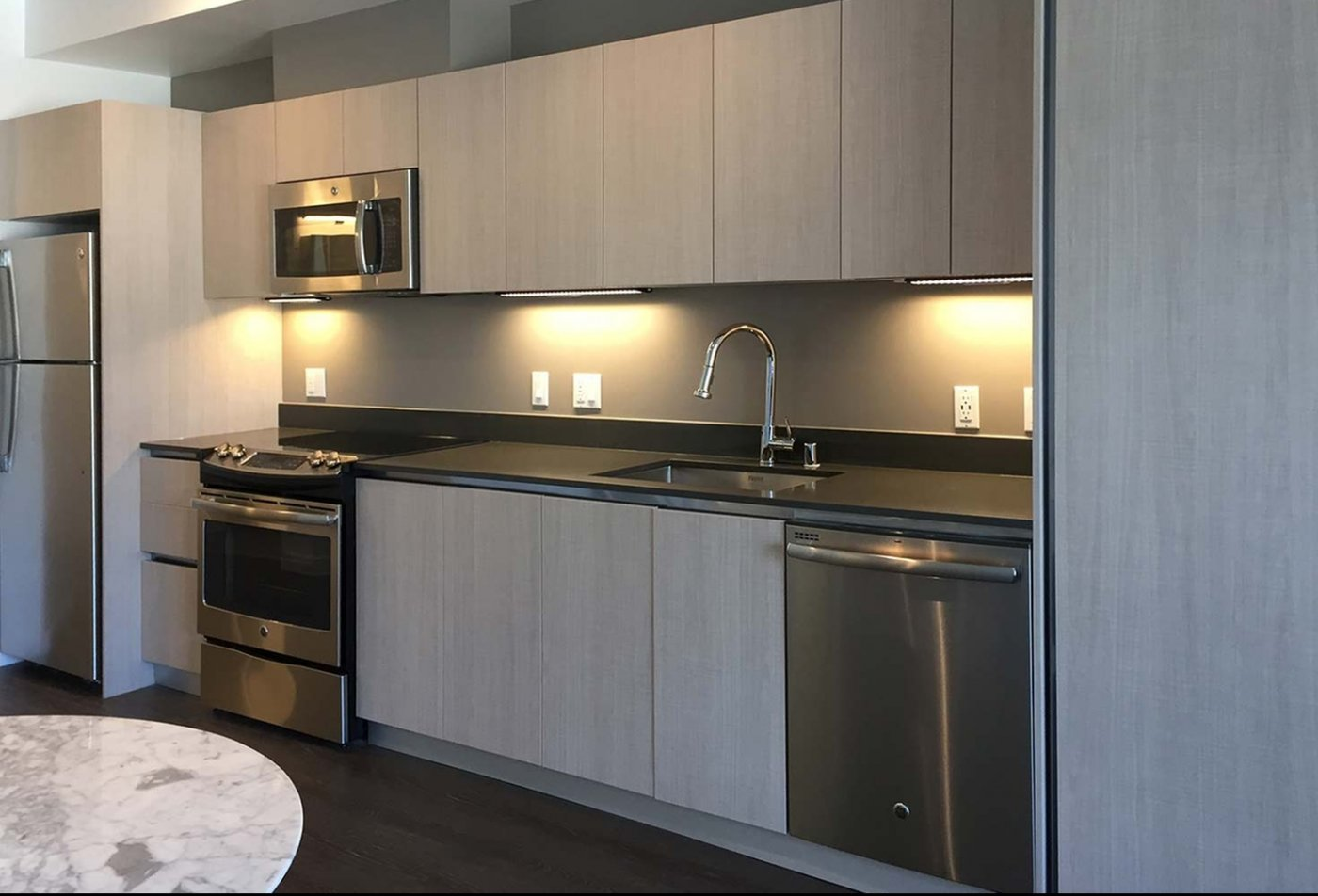 State-of-the-Art Kitchen   Hollywood CA Apartment Homes   5800 Harold