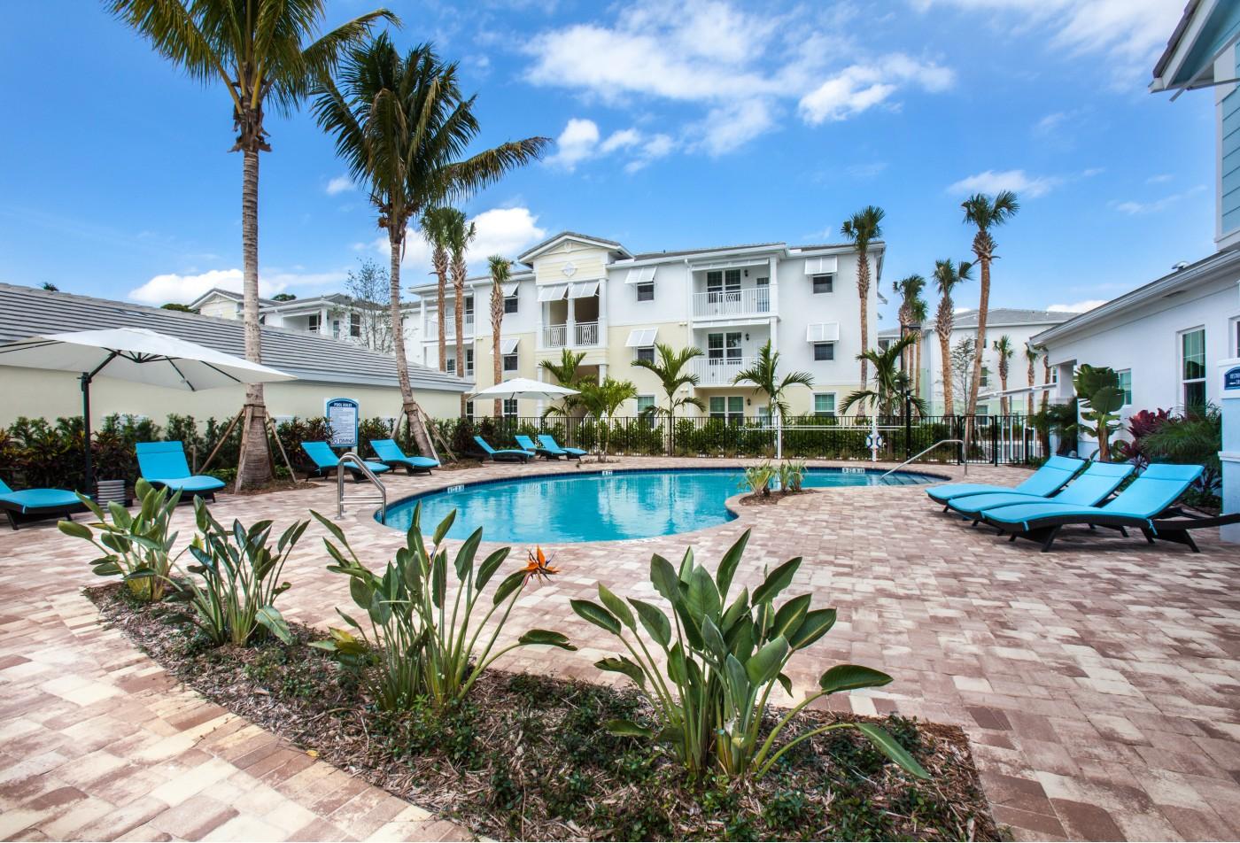 Swimming Pool | Apartment Homes in Boynton Beach, FL | High Ridge Landing