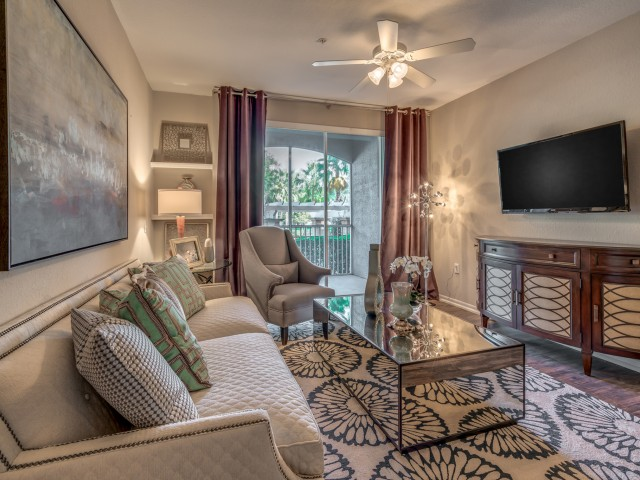 Image of Ceiling Fans in Every Apartment for Sanctuary at Highland Oaks