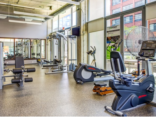 Image of 24 Hour Fitness Center for Mondial River West