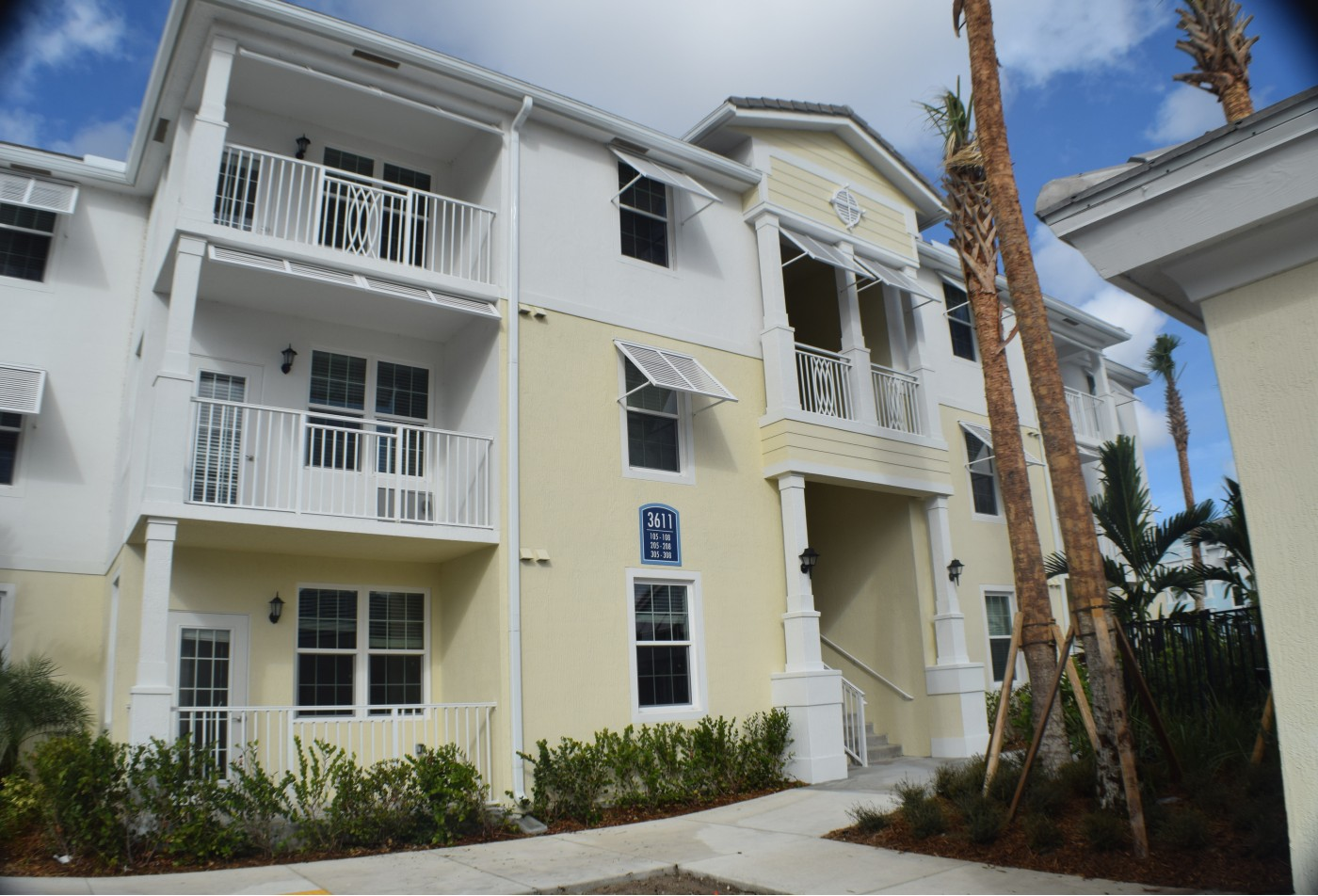 Community Bark Park | Apartment in Boynton Beach, FL | High Ridge Landing