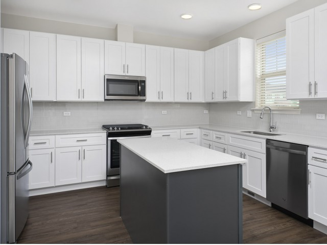Image of Premium stainless steel appliances for Deer Park Crossing