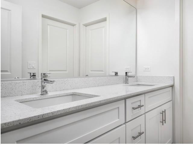 Image of Quartz countertops for Deer Park Crossing