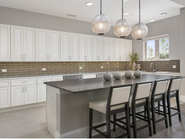 Image of Clubhouse with demonstration kitchen for Deer Park Crossing