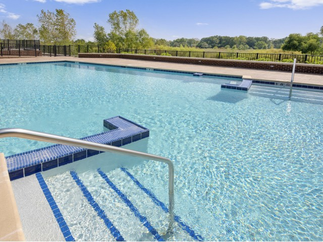 Image of Swimming pool with spacious sundeck for Deer Park Crossing
