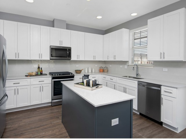 Image of Kitchen Islands for Deer Park Crossing