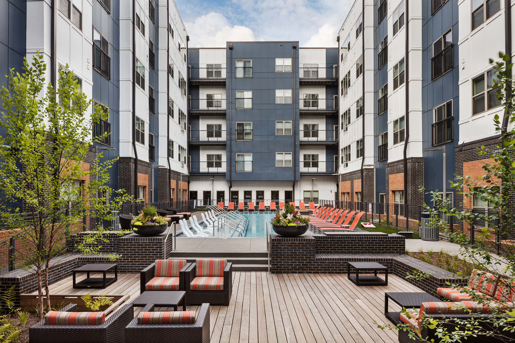 Pool Deck | Apartments Nashville TN | Eastside Height