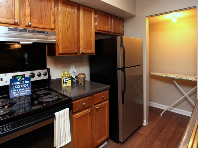 Image of Stainless appliances available for The Fields Market Street