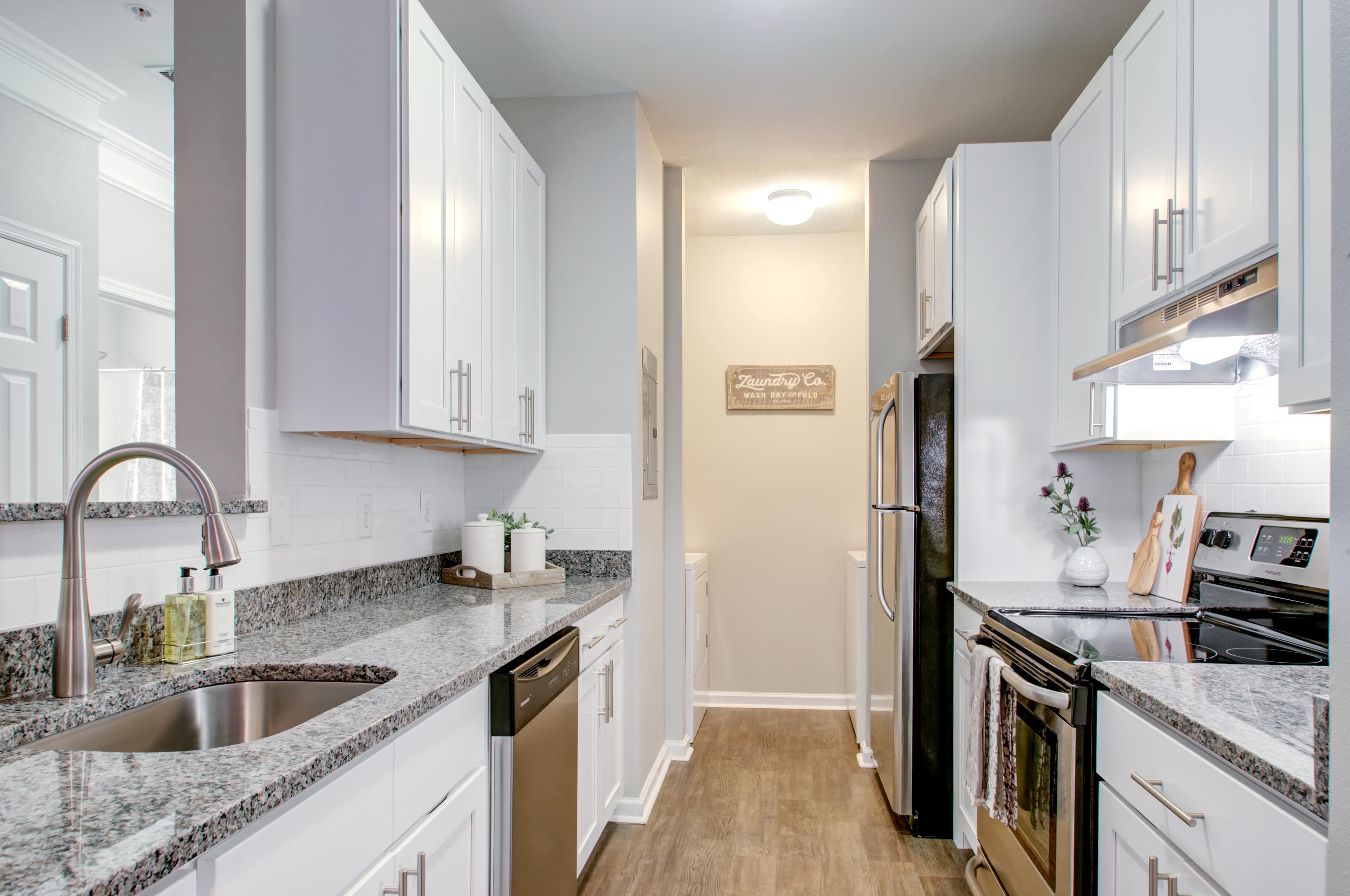 Apartments in Mt  Laurel For Rent | Mount Laurel Crossing