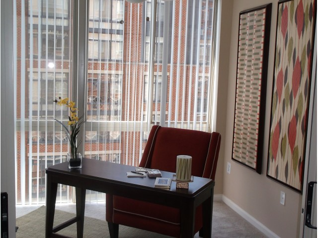 Elegant Living Room | Alexandria VA Luxury Apartments | Lincoln at Old Town