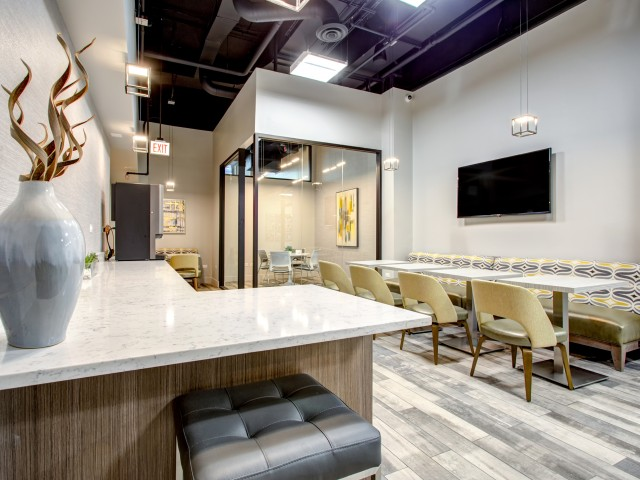 Work from home WiFi lounge with coffee bar and conference rooms in west loop | 180 North Jefferson