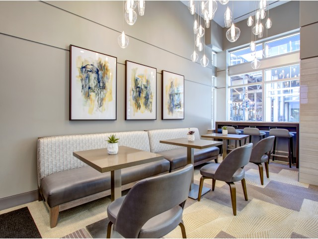 Lobby lounge in west loop | 180 North Jefferson Apartments