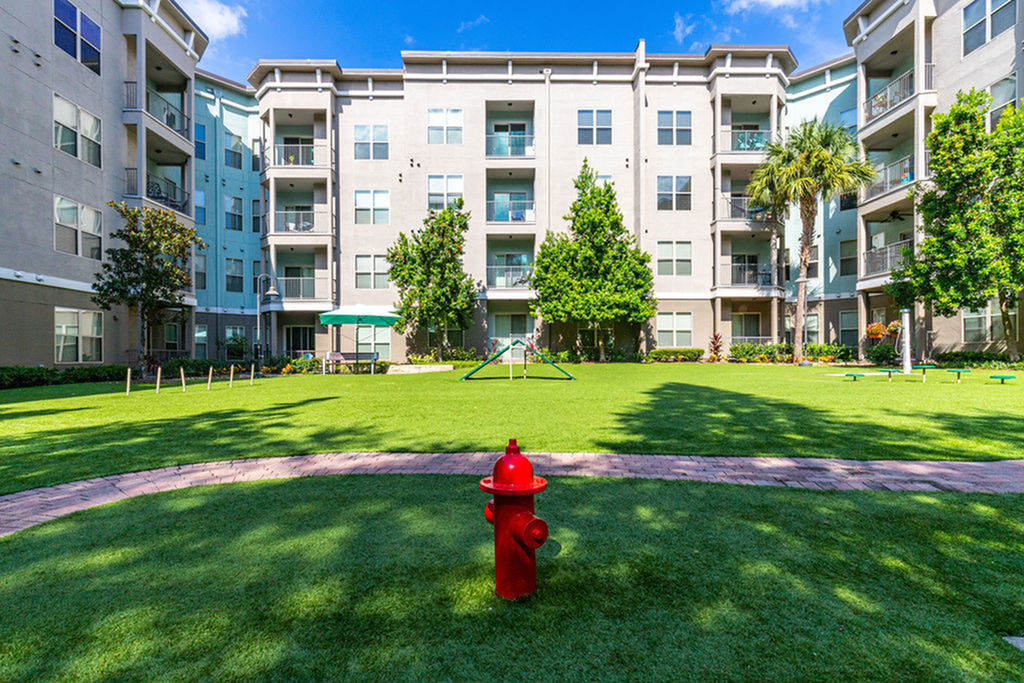 Tampa-westshore-luxury-apartments