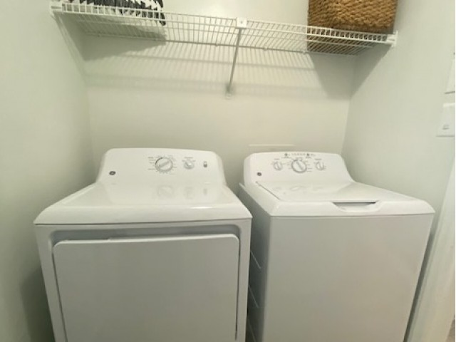 Image of In-home Washer and Dryer for Alvista Durham