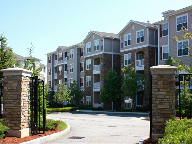 Image of Online Rent Payment and Maintenance Request for Villas at Old Concord