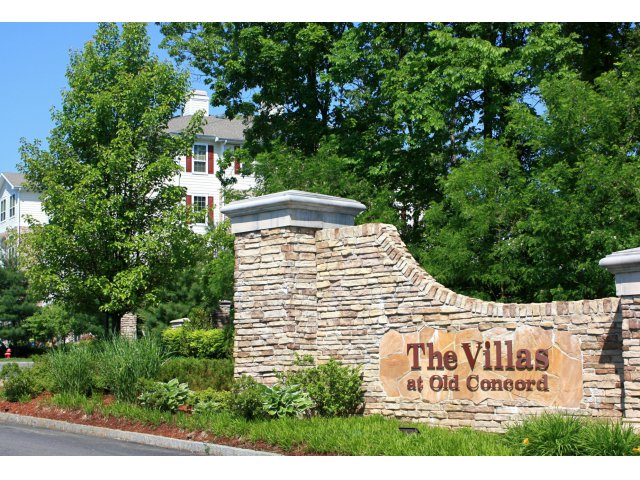 Image of Professionally Managed by Lincoln Property Company for Villas at Old Concord