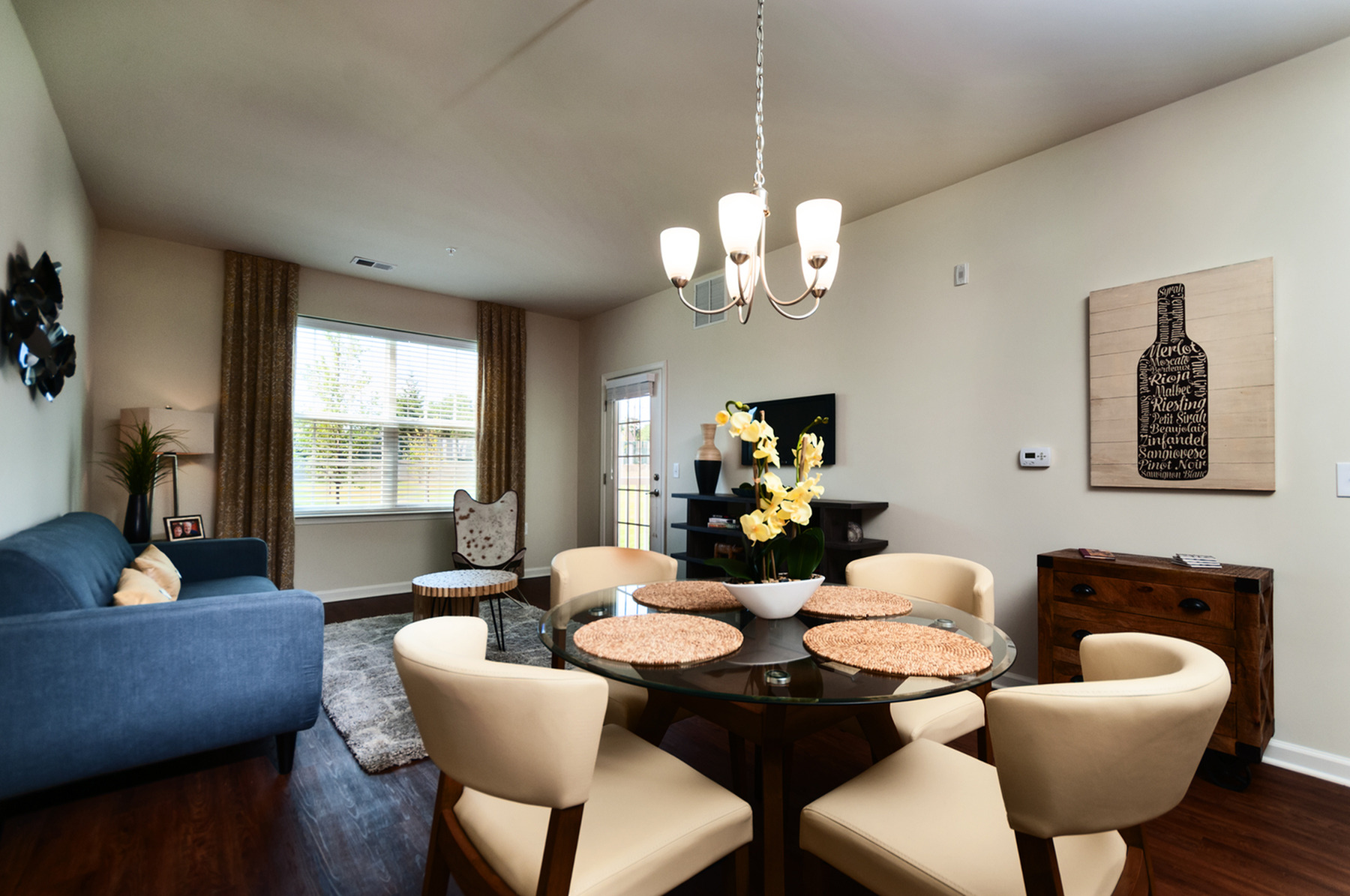 Spacious Interiors in Rich Color Schemes