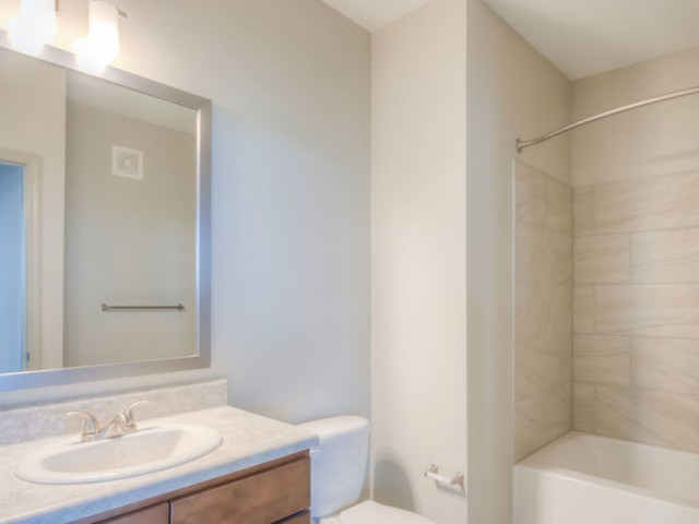 San Mateo Apartments Kissimmee Florida bath with tub/shower combo, single vanity