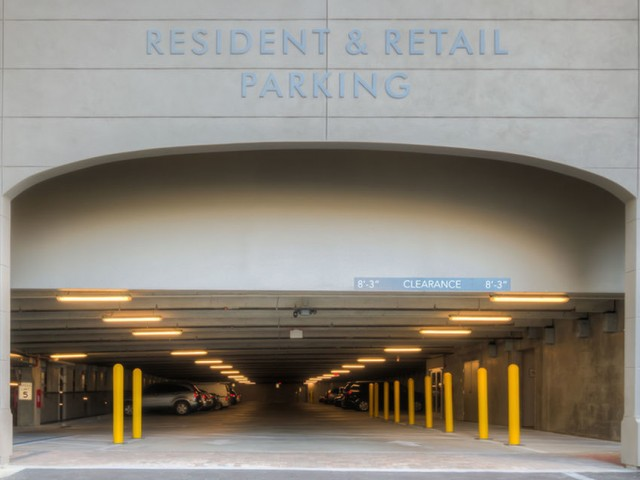 400 north apartments Maitland Florida entrance to resident & retail parking garage