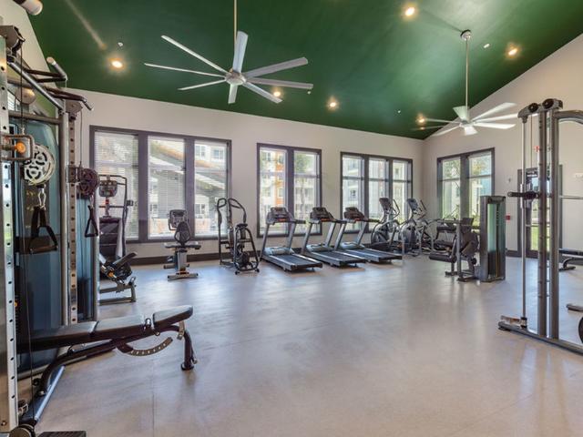 Madison Pointe Daytona Beach Florida fitness center with equipment