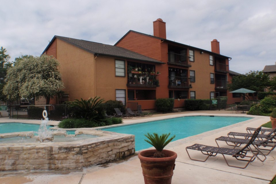 Iron Horse Valley Apartments