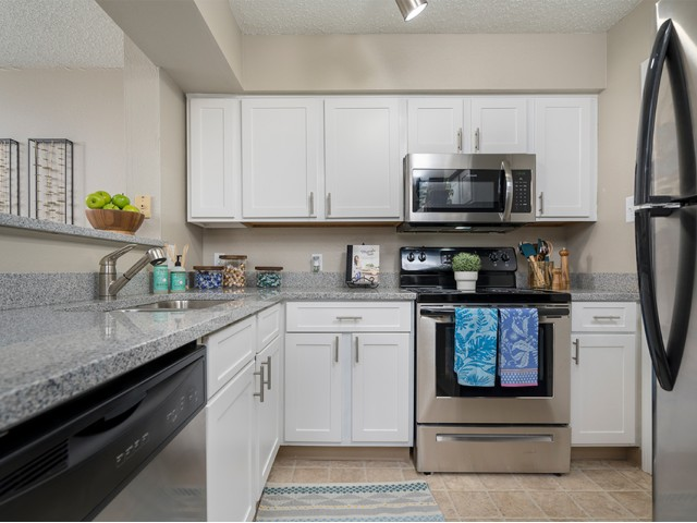 Image of Granite Countertops* for Liberty Pointe Apartment Homes on Highland