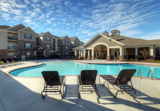Amelia Station Pool | Apartments for Rent in Clayton NC
