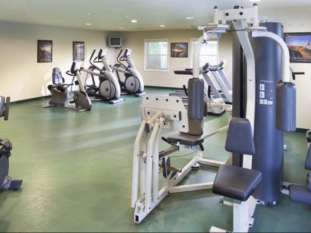 Fitness Center at Greenview Village