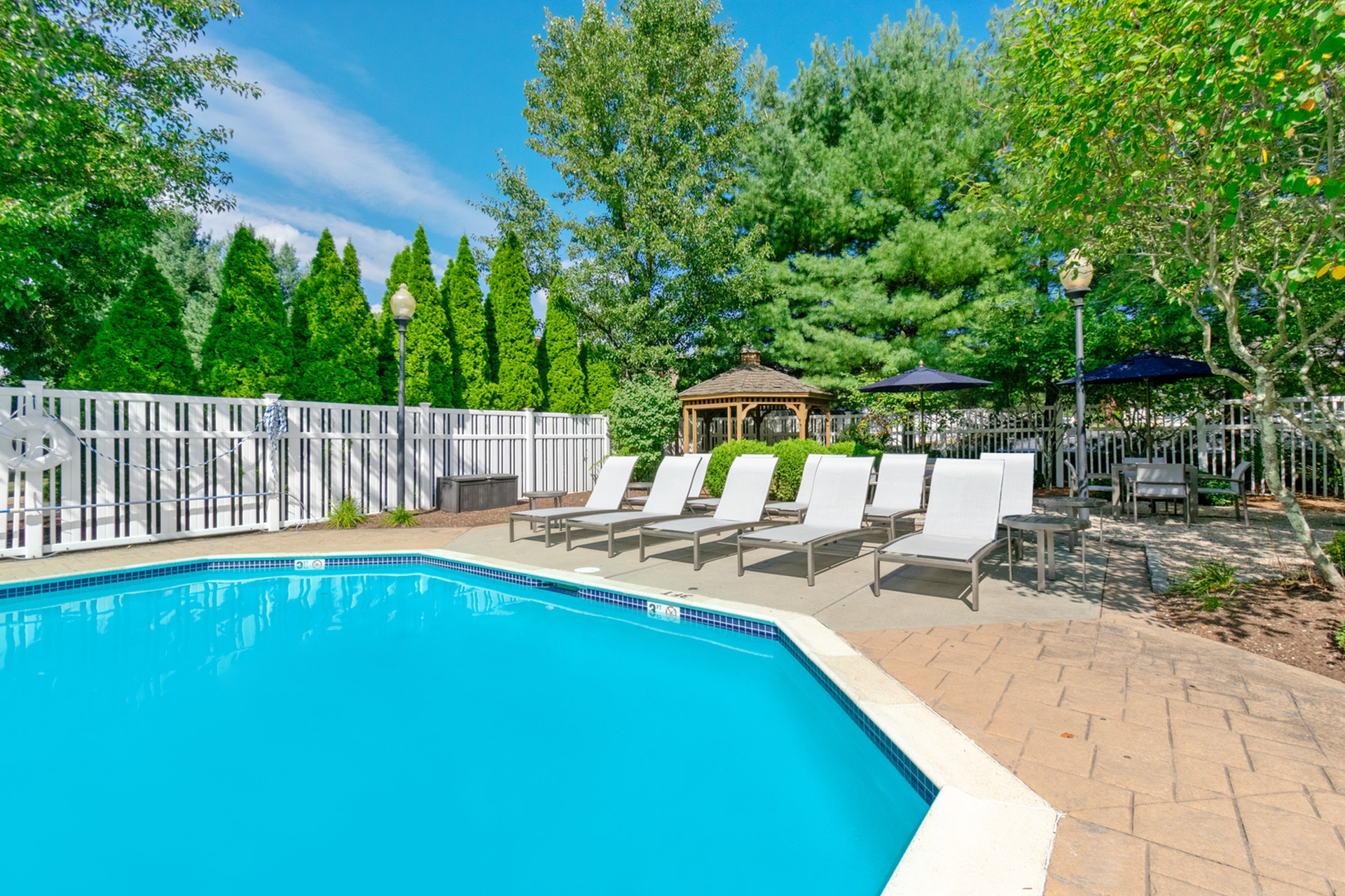 Resident Sun Deck | West Warwick RI Apartment For Rent |