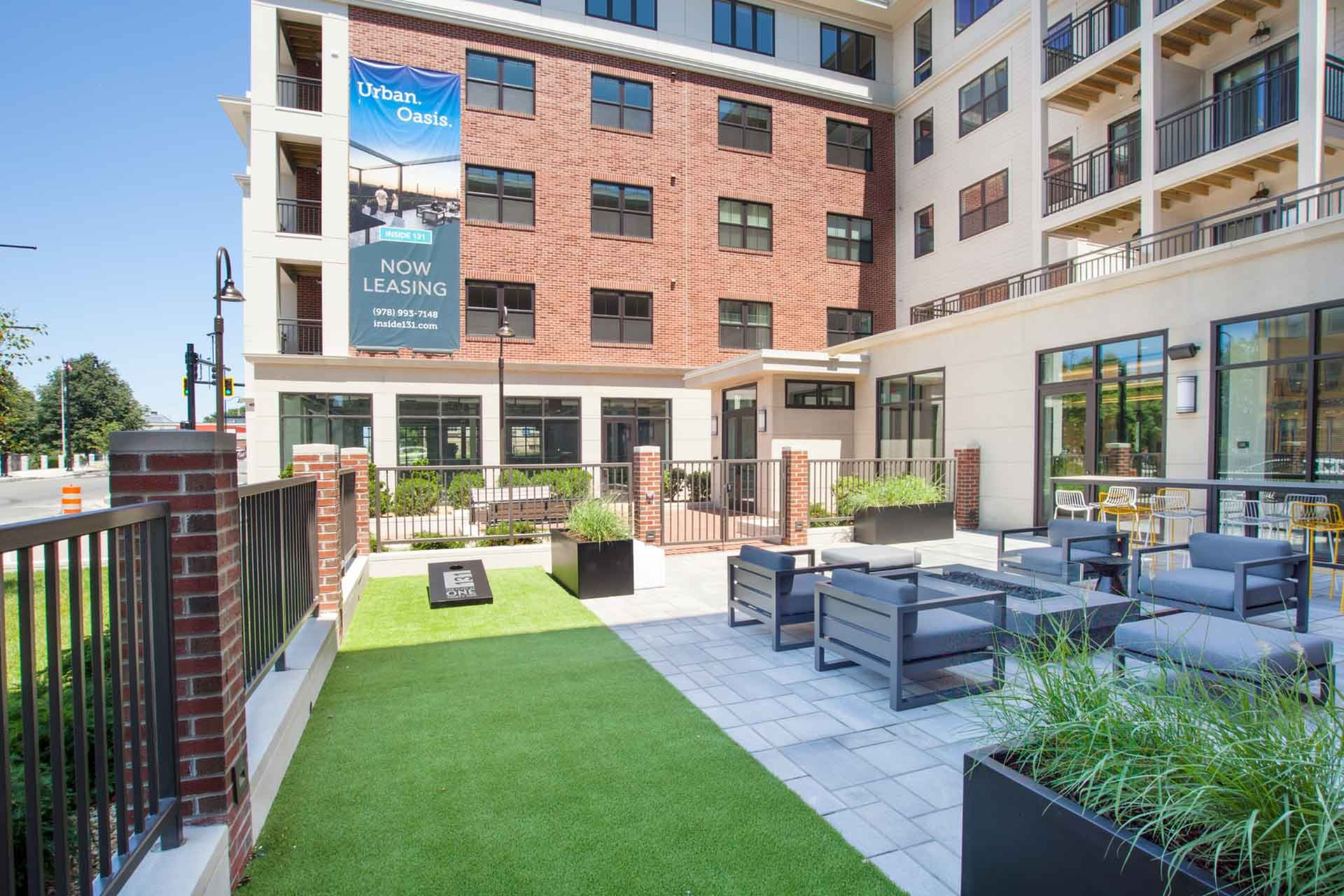 Fenced-in Courtyard   Beverly MA Luxury Apartments   The Flats at 131