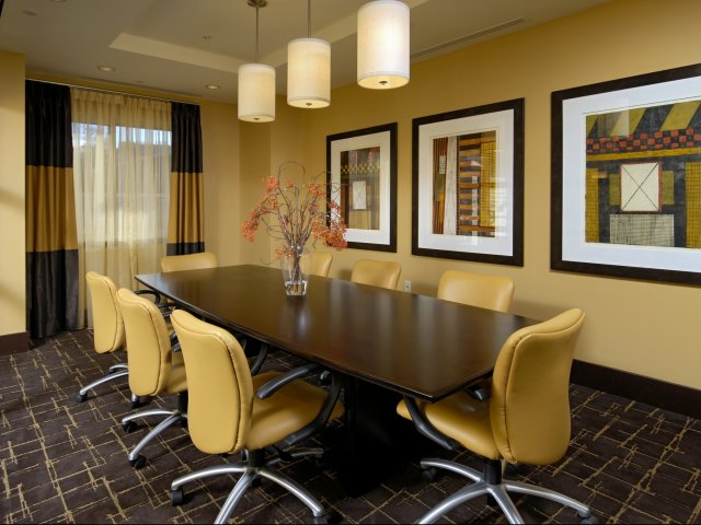 Image of Business Center/Conference Room with WiFi for Parc Rosslyn Apartments