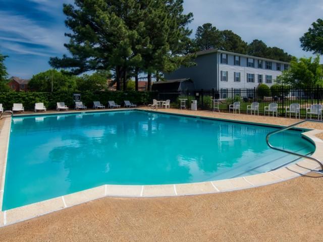 Image of Seasonal swimming pool for Dove Landing Apartments