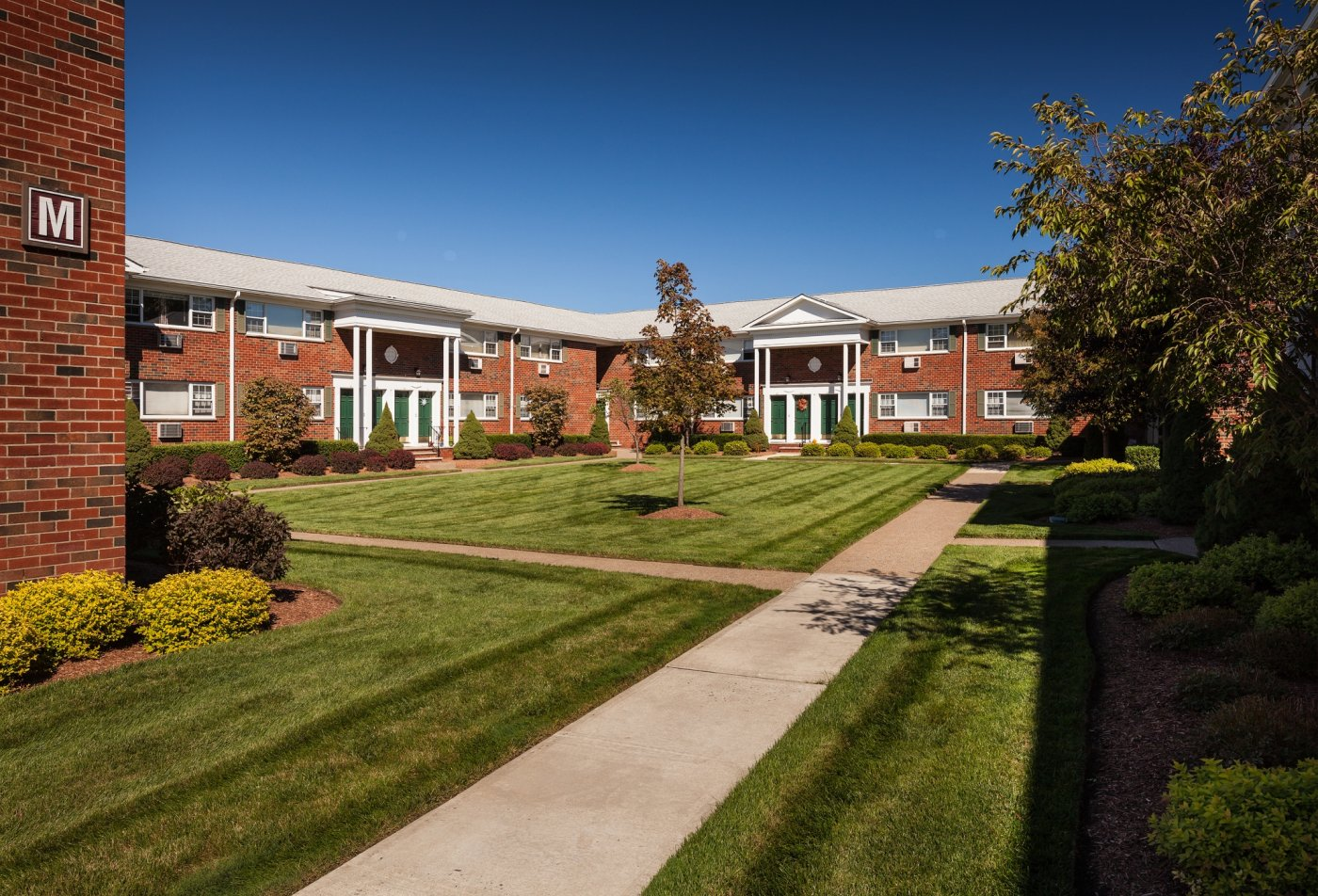 SADDLE BROOK APARTMENTS