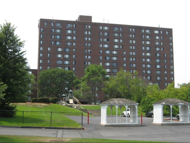 Apartments in Salem For Rent | Pequot Highlands