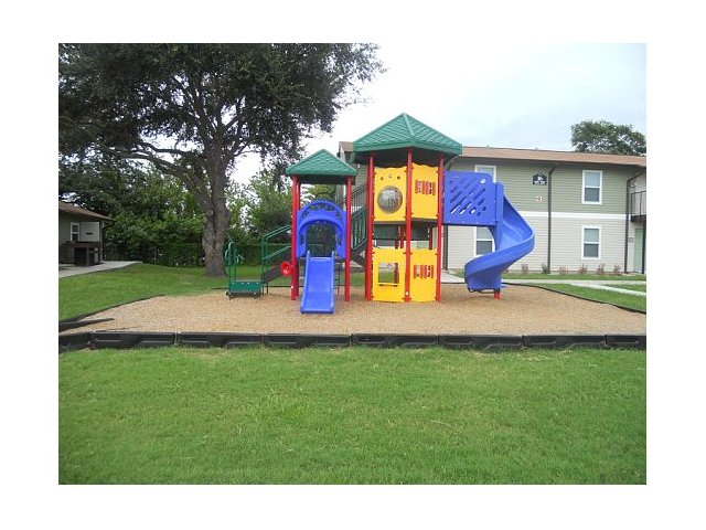 Image of Playground for Crossroads Apartments