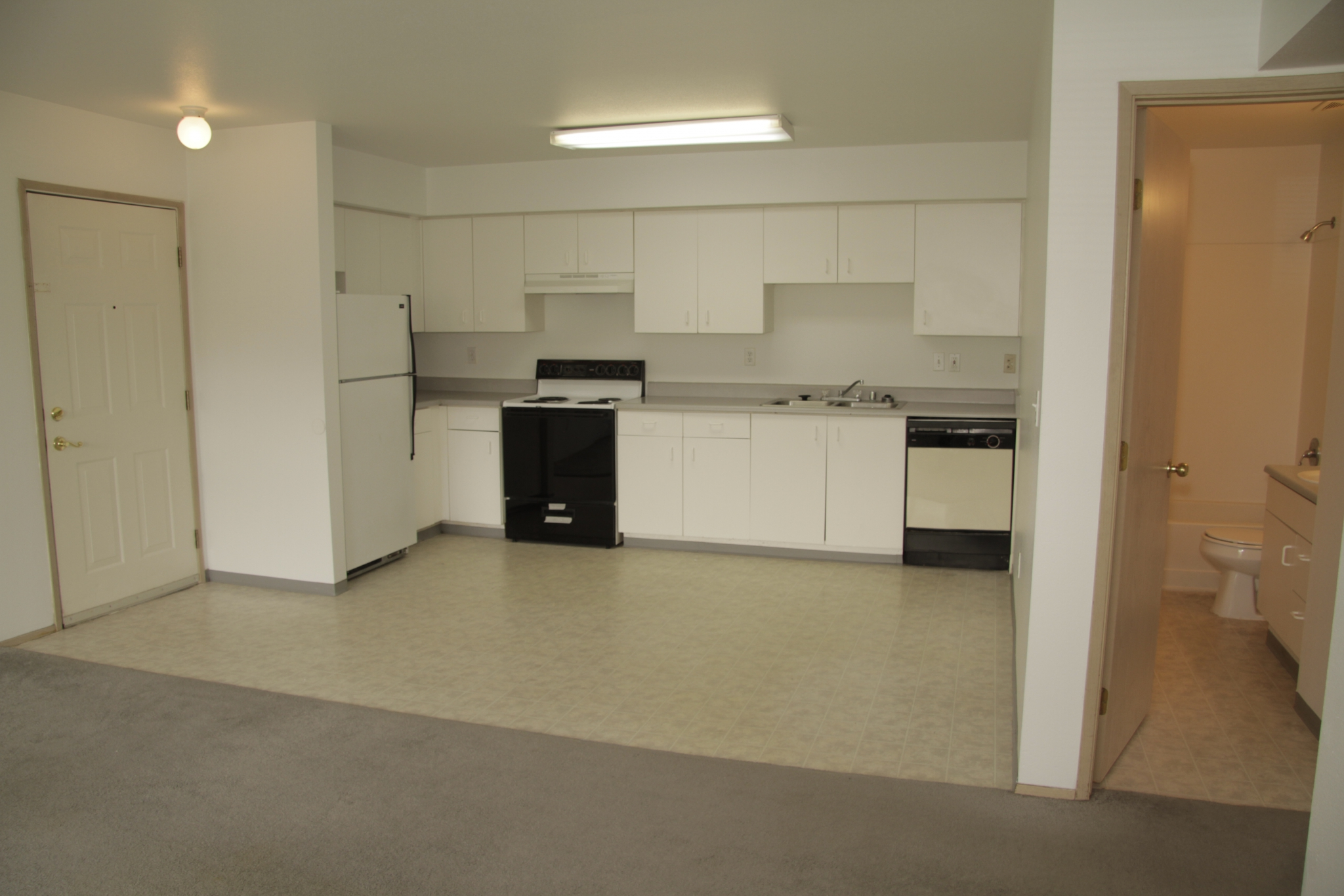 Image of Spacious and Efficient Refrigerators for Clarkston Gardens Apartments