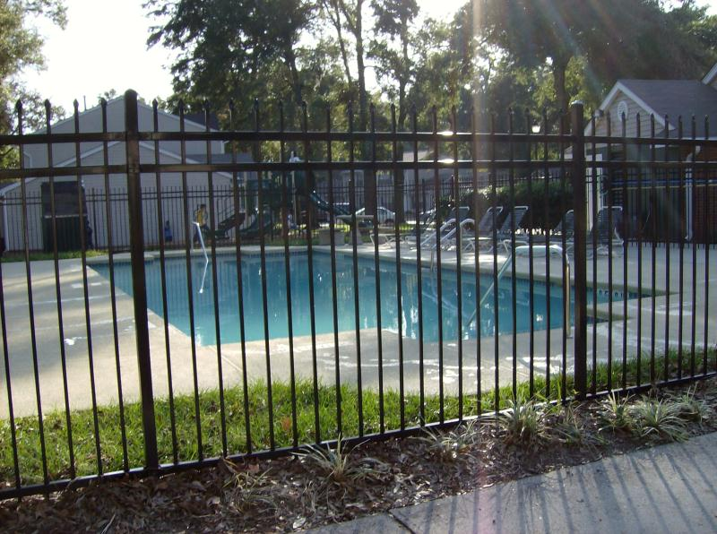 Image of Pool for Hampton Ridge Apartments